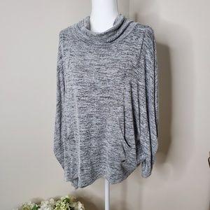 Nicole Miller New York sleeveless Poncho size M